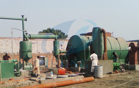 Waste tire recycling machine in Pakistan customer factory