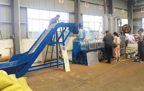 Waste plastic to diesel and gasoline process plant