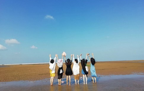 staff tourism of doing company to rizhao, shandong