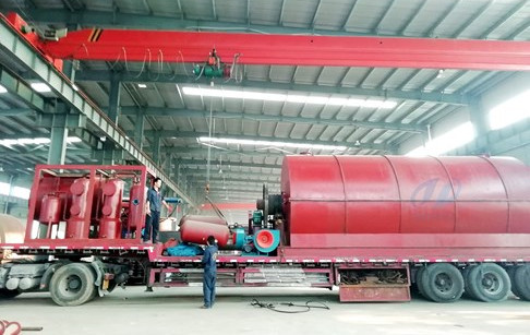 Waste plastic pyrolysis plant and waste oil refining plant delivered to Columbia