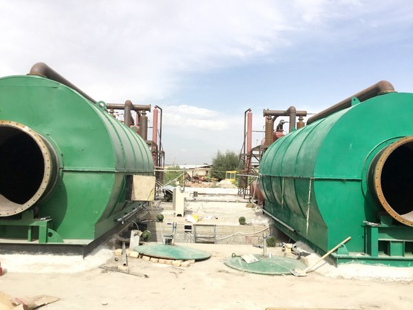 2 sets 12t/d environmentally friendly waste tyre pyrolysis plants installed in kyrgyzstan